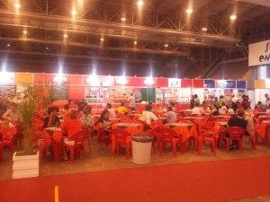 Praça de alimentação. Foto: Bárbara Valdez
